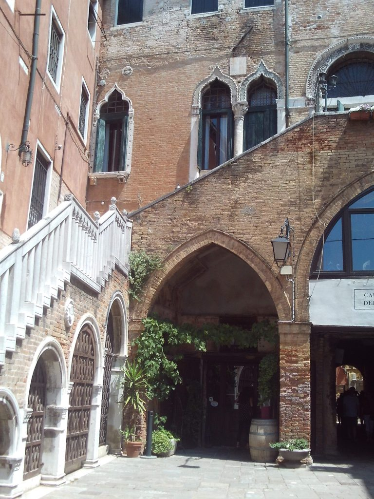 palazzi, palazzo, venedig, serenissima, gotische_treppe, gotik, piazza, gewoelbe, gassenlabyrinth, venezia,