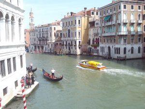 canal_grande, acqua_alta, gondeln, serenissima, venedig, lagunenstadt, amore, romantik, bellaamoremio, italien_blog, autorenblog, manuela_tengler